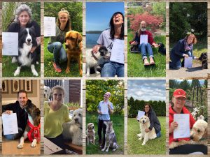 Die Hundetrainer-Abschlussklasse 2019/20 sagt Dankeschön.